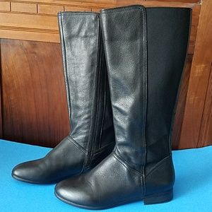 White Mountain Black Leather Boots,  8